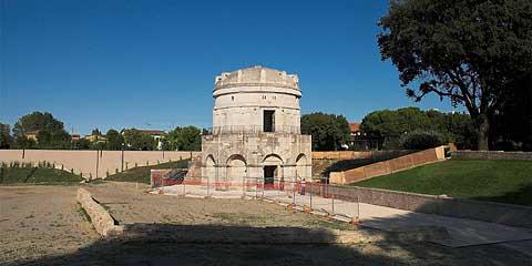 mausoleo_teoderico_480.jpg